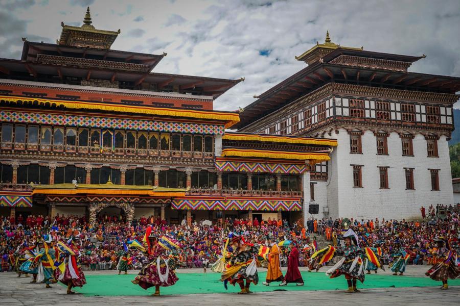 ネパールブータンプナカフェスティバルツアー