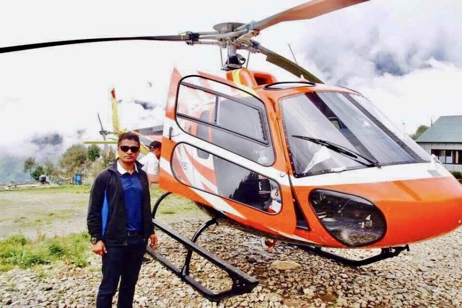 エベレストベースキャンプヘリーコプターツアー